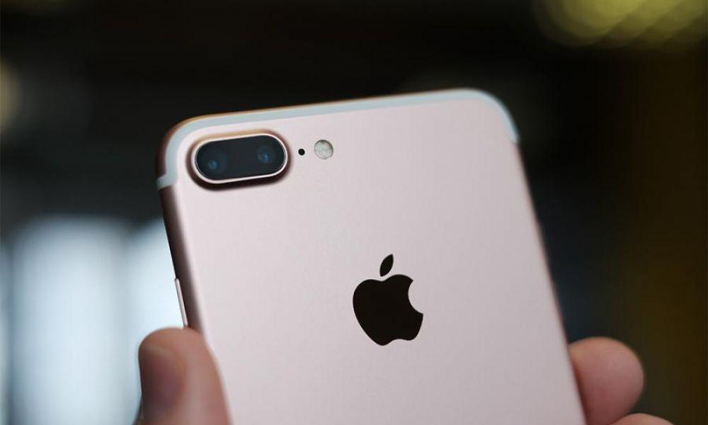 Flop de l'iPhone 7 ? Apple réduit le nombre de commandes