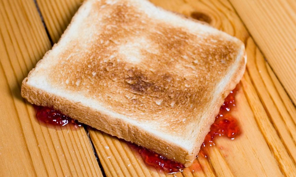 Scientists have proven the 'five-second rule' for food dropped is valid