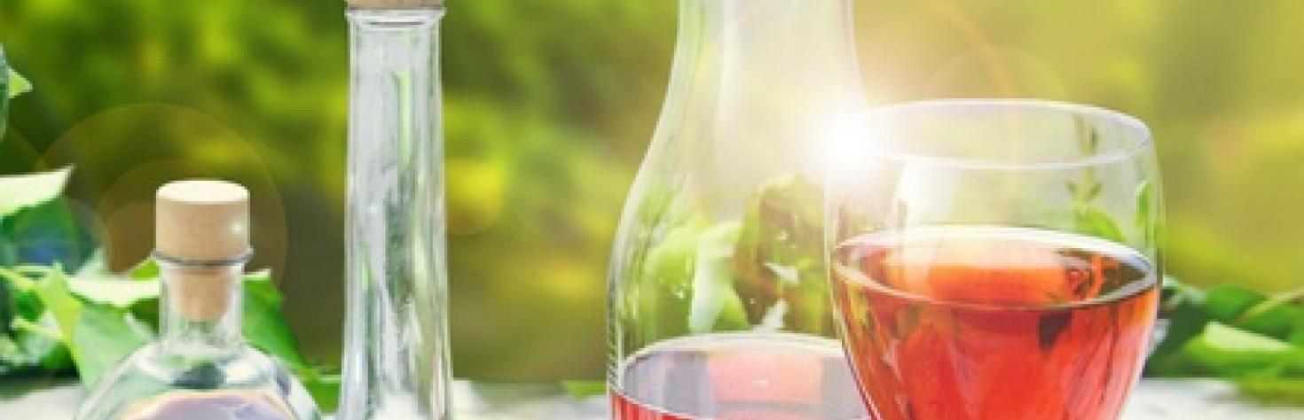 Mal di testa da vino, la colpa non è dei solfiti