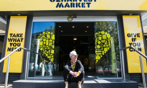 Australia`s First Rescued-Food Supermarket Opens