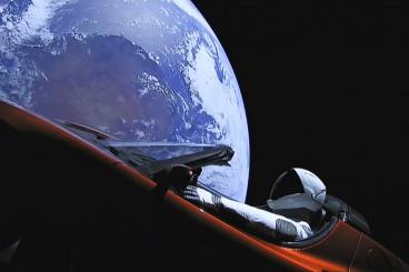 Erste Falcon Heavy schießt Auto ... bis zur Marsbahn - Abenteuer Astronomie