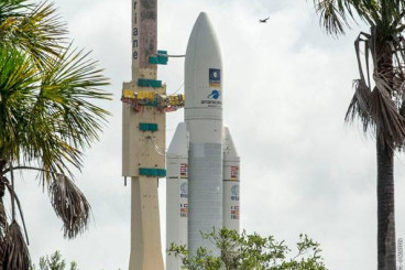 Photos: Ariane 5 Rolls Out for Liftoff with Four Galileo Navigation Satellites