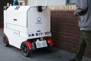SF sidewalk delivery robot ban advances toward approval