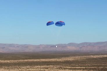 Watch Blue Origin`s New Shepard 2.0 Spacecraft Soar in 1st Test Flight
