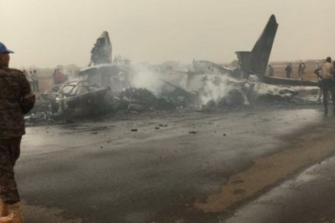 All 49 passengers, crew survive 'miraculous' crash landing in South Sudan