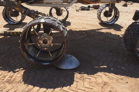 An Algorithm Helps Protect Mars Curiosity`s Wheels