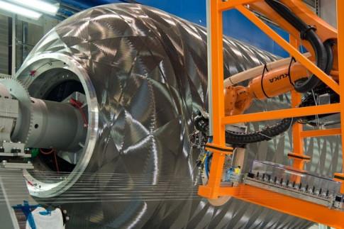 Ariane 6: Neuer Kunststoff-Booster besteht Tests