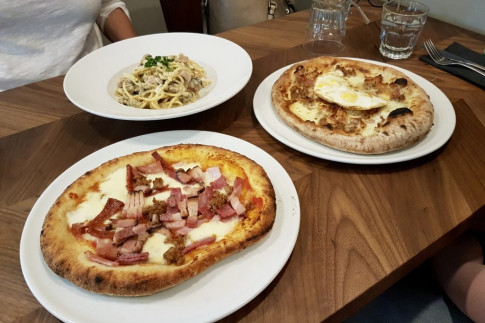 Deep Fried Pizza`s Debut in Edmonton