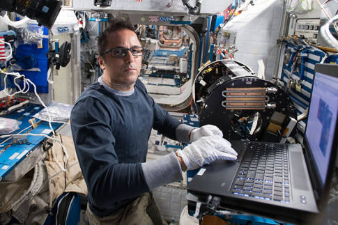 Dragon Release Training and Astronaut Health Studies on Station Today – Space Station