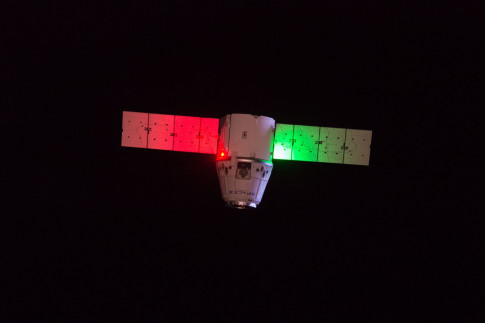 Dragon Spacecraft`s Historic Second Return to Earth: How to...