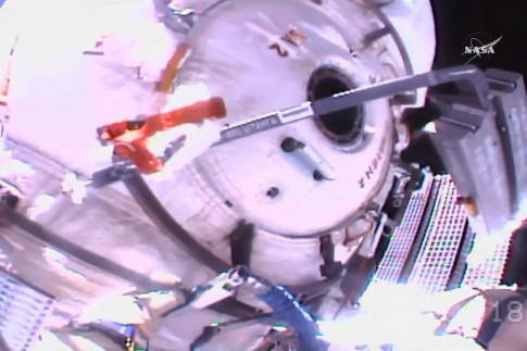@iss101: Wrapping up at Poisk, the...