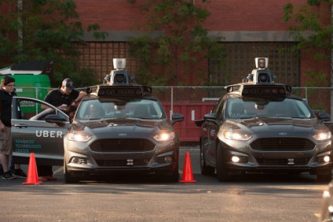 New Report Warns of Pitfalls when Autonomous and Conventional Cars Share the Road