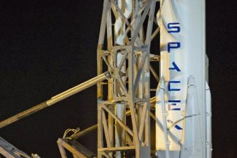 @ooyuzspacenews: SpaceX plans to relaunch a rocket...