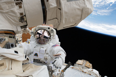 Station Prepping for Spacewalk After New Cargo Ship Arrives – Space Station