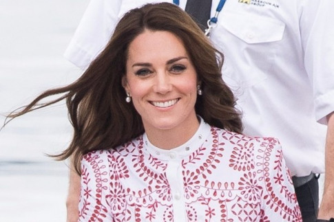 Kate Middleton dazzles in crimson at West End premiere