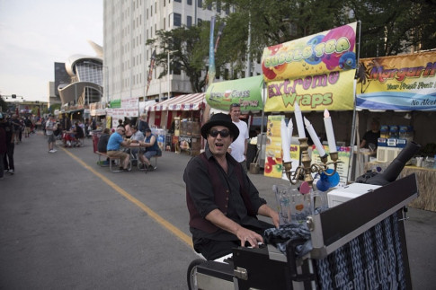 Vendors - Edmonton International Street Performers Festival