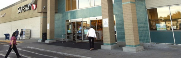 Texas grocer looking at closed East Side Pueblo store