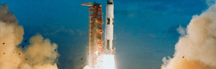 Saturn V at 50: NASA Moon Rocket Lifted Off on Maiden Mission 50 Years Ago