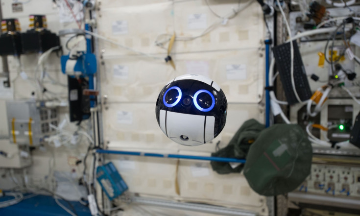 BB-8 Flies? Japanese Drone Ball Tours Space Station
