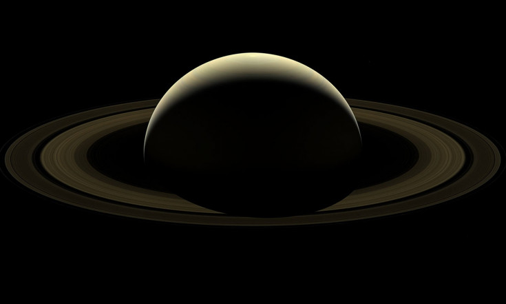 Beautiful Saturn: Cassini Team Unveils Farewell Photo of Ringed Planet