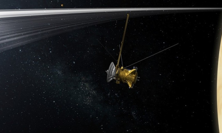 Cassini erkundet Saturnringe - Die große Leere am Saturn