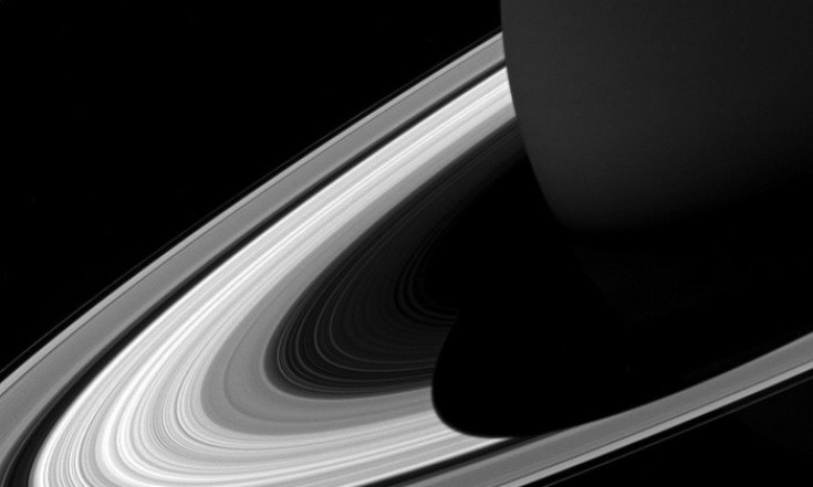 Cassini`s latest dive through Saturn`s rings reveals spectacular...