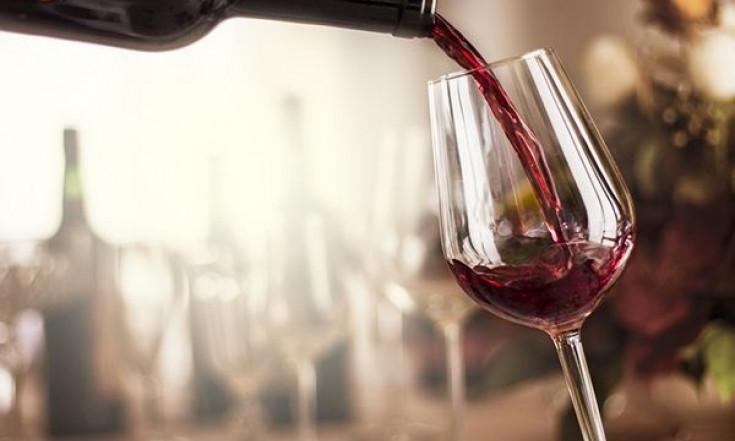 Comment le vin rouge protège nos neurones