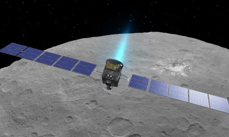 Dawn to fly closer to Ceres than ever in mission`s final phase - SpaceNews.com