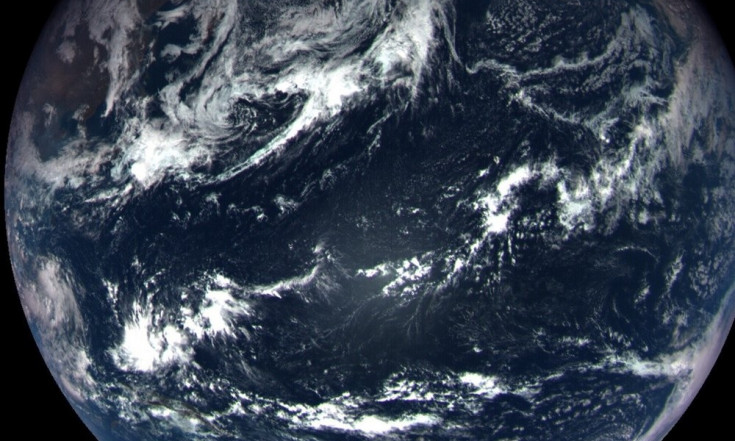 Earth Shines in Flyby Photo Snapped by NASA Asteroid Probe