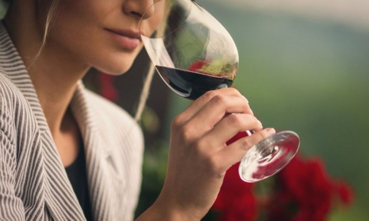 `Half a glass of wine every day` increases breast cancer risk -...