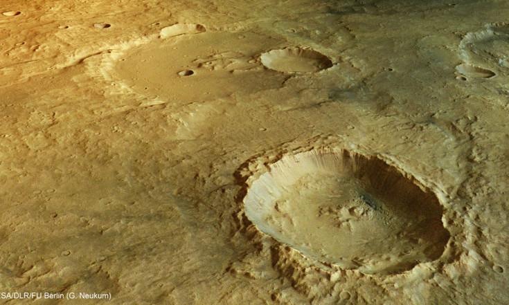 Mega-Landslides on Mars May Speed Down Slopes at 450 Mph