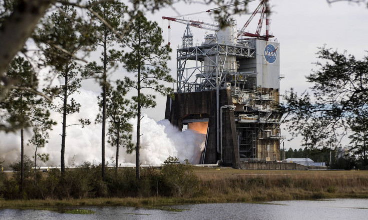 Moon Rocket Thrust! NASA Tests Powerful Engine with 3D-Printed Part