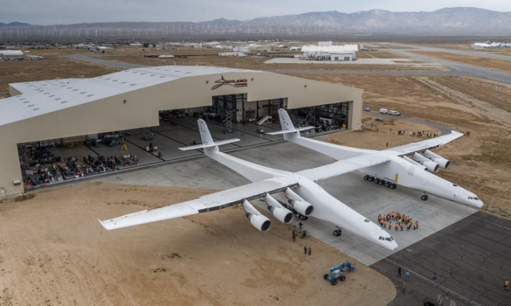NASA agreement sign of Stratolaunch engine development program - SpaceNews.com