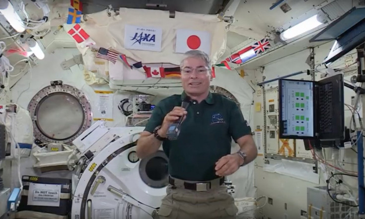 NASA Astronauts Share Christmas Memories from Space (Video)