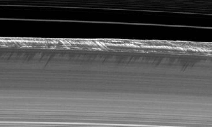 Saturn's B ring peaks