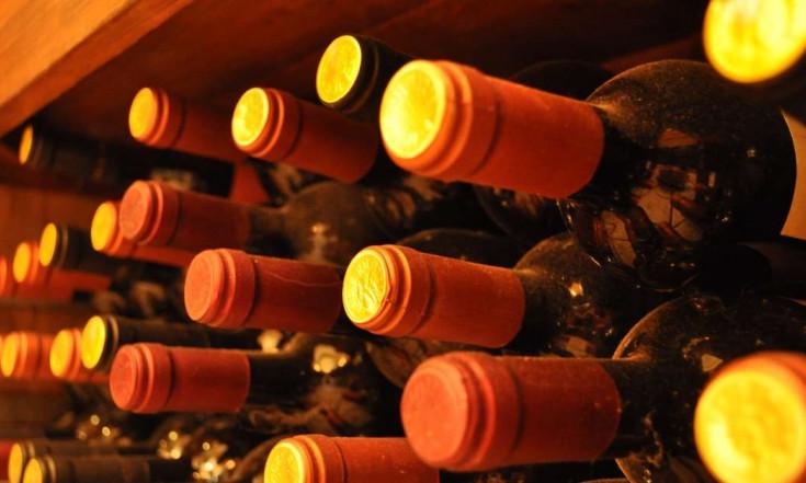 Scoppia la battaglia del vino tra Toscana e Abruzzo