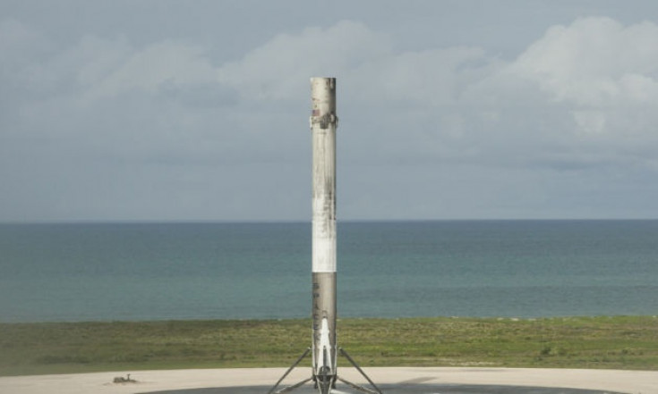 SpaceX goes there-seeks government funds for deep space