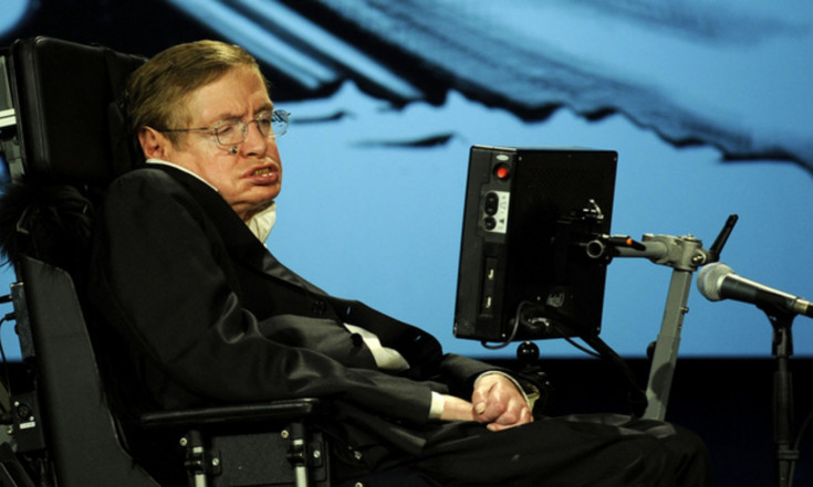 Stephen Hawking Warns: Humanity May Have Less Than 600 Years to Leave Earth