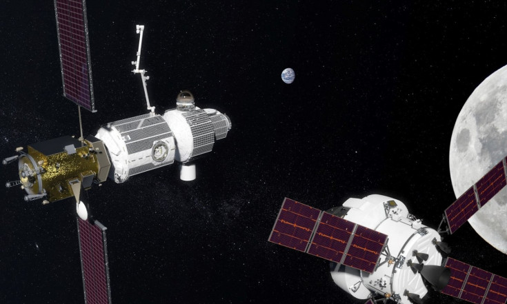 Trump`s 2019 NASA Budget Request Puts Moon Ahead of Space Station
