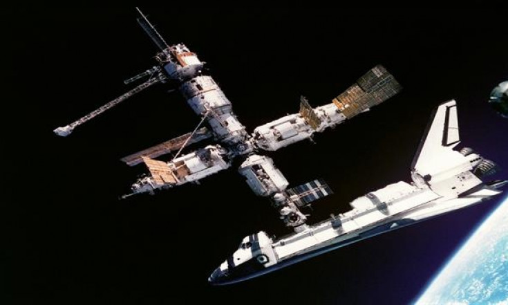 U.S. space shuttle docks with Russian space station - Jun 29,...