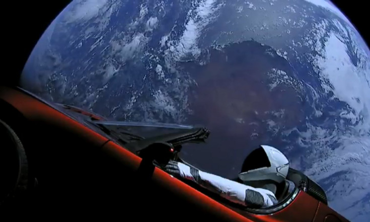 Watch Live Views of SpaceX`s Starman Riding a Tesla Roadster in Space!
