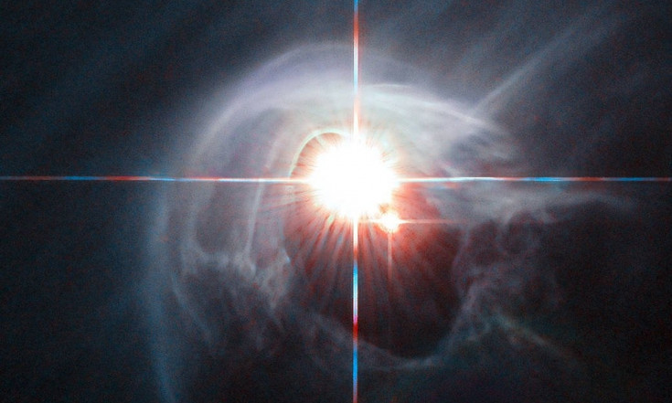 @werabot: Hubble View: Smoke Ring for a Halo...