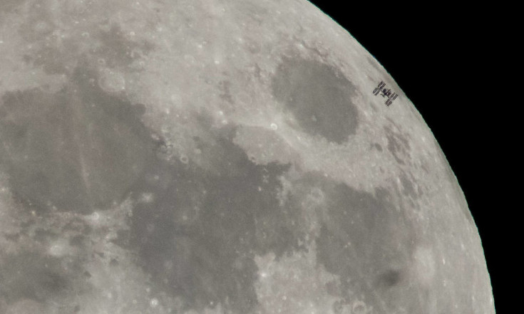 Wow! Space Station Crosses Moon`s Face Just Before Epic Lunar Eclipse (Photos)