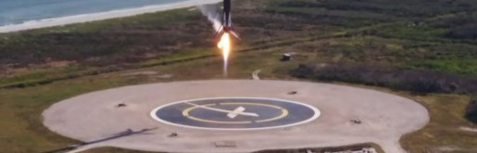 """Sooty"" Falcon 9 Lifts Flight-Proven Dragon into Orbit, 1st Stage Aces 2nd Land-Based Return"